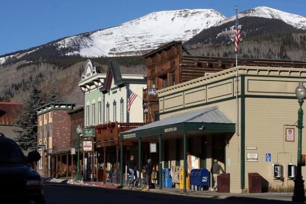 "This 2008 file photo shows Mt. Emmons, also known as the ""Red Lady,"" overlooking the town of Crested Butte."