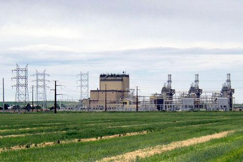 The Fort St. Vrain plant, closed as a nuclear facility in 1989 because of operational problems, was reopened in 2001 as a natural-gas-fired power plant.