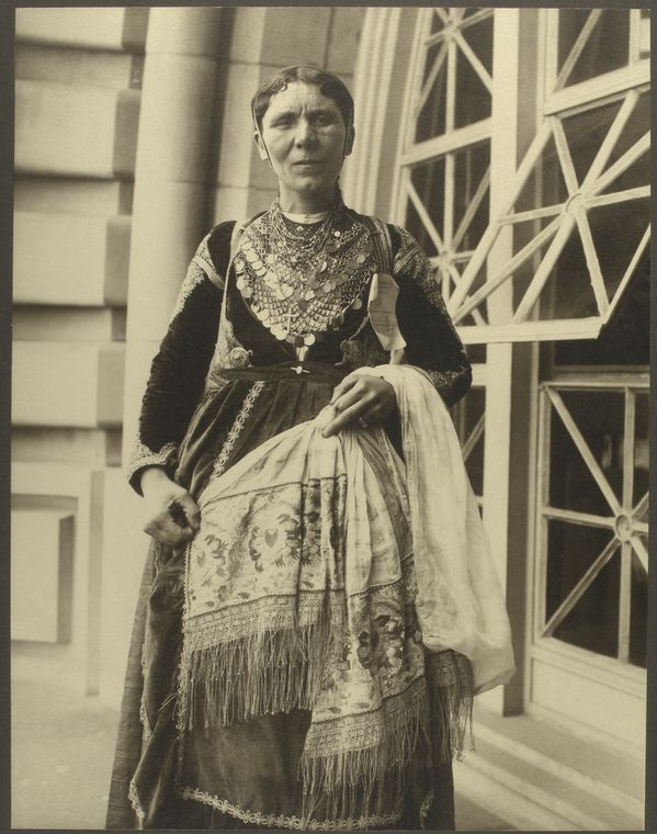 Greek woman. Photo courtesy of New York Public Library Digital Collections.