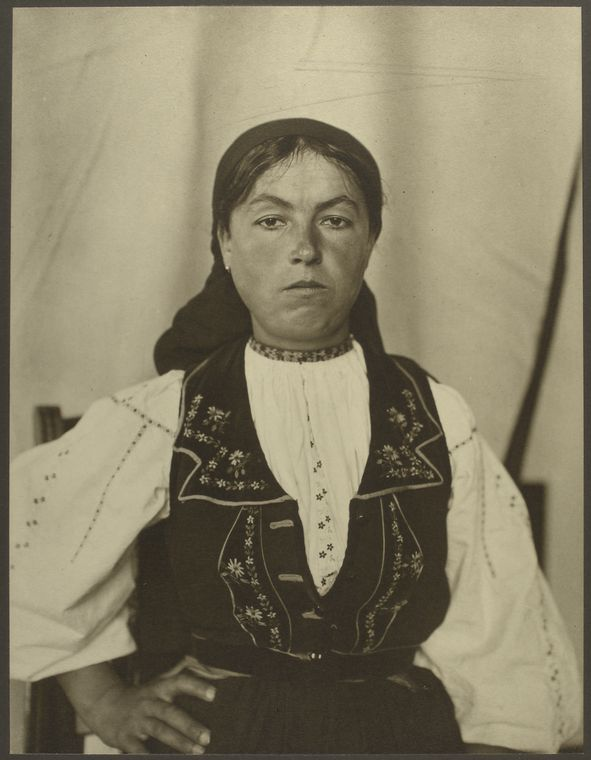 Romanian woman. Photo courtesy of New York Public Library Digital Collections.