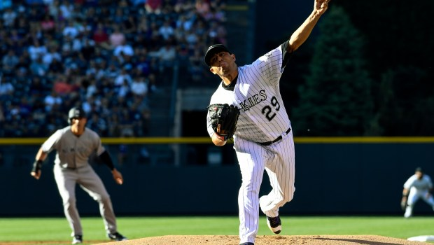 DENVER, CO - JUNE 14: Colorado Rockies starting pitcher Jorge De La Rosa (29) deliver a pitch against the New York Yankees during the first inning June 14, 2016 at Coors Field. (Photo By John Leyba/The Denver Post)
