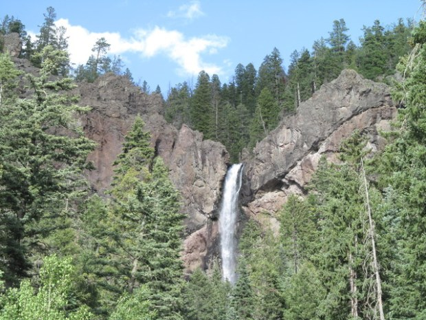 Artsy Shot Of Waterfall By Lake Ypsilon Here To Read Age About Hiking