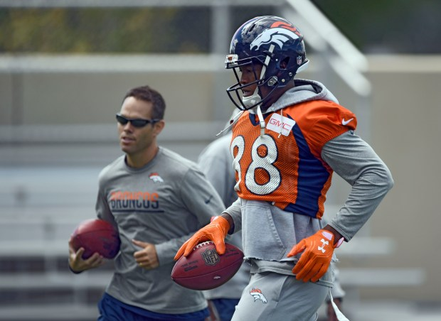 Demaryius Thomas (88) runs drills during practice