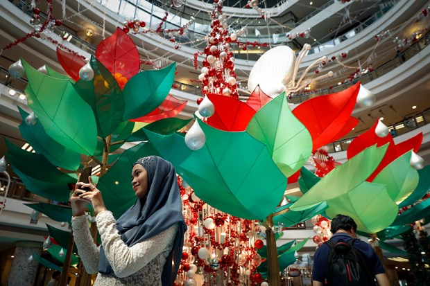 Muslims Celebrate Christmas.Most Muslims Celebrate Christmas With Their Christian Brethren