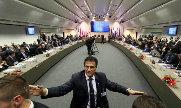 Oil ministers meet at OPEC headquarters in Vienna, Austria on Nov. 30.