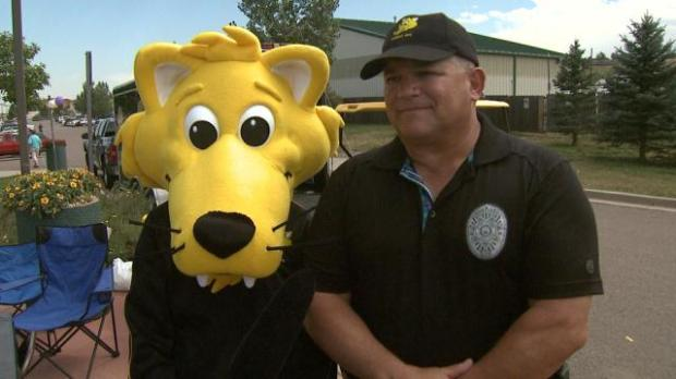 CHEEZO with Mike Harris at the 2013 Jefferson County District Attorney's Safety Fair.