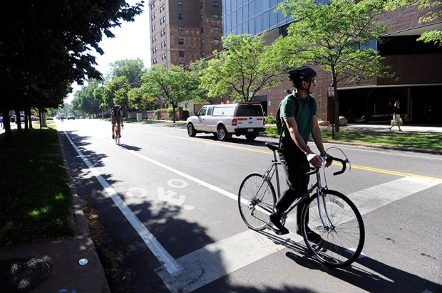 Colorado Senate Bill 93 would allow bicyclists to treat stop signs like yield signs and red lights like stop signs.