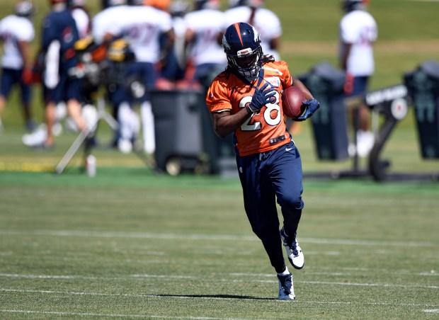 Denver Broncos running back Jamaal Charles ...