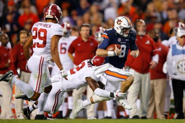 Jarrett Stidham #8 of the Auburn ...