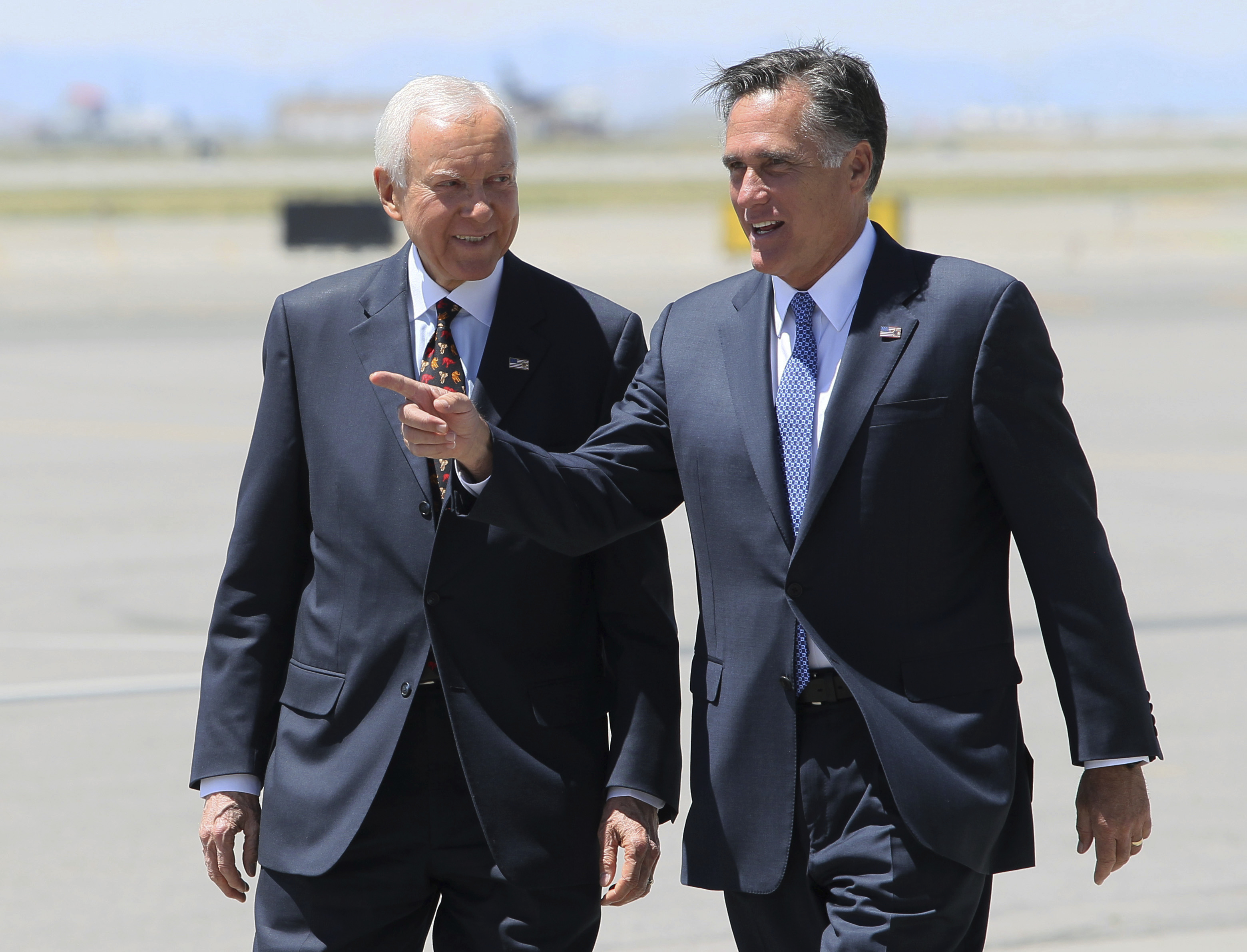 Trump Speaks With Mitt Romney As He Weighs Senate Bid