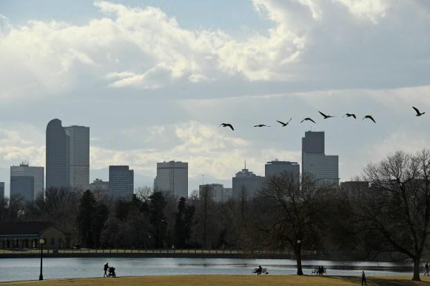 A view of the Denver skyline ...