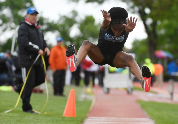 Melody Nwagwu, Grandview, during the 5A ...
