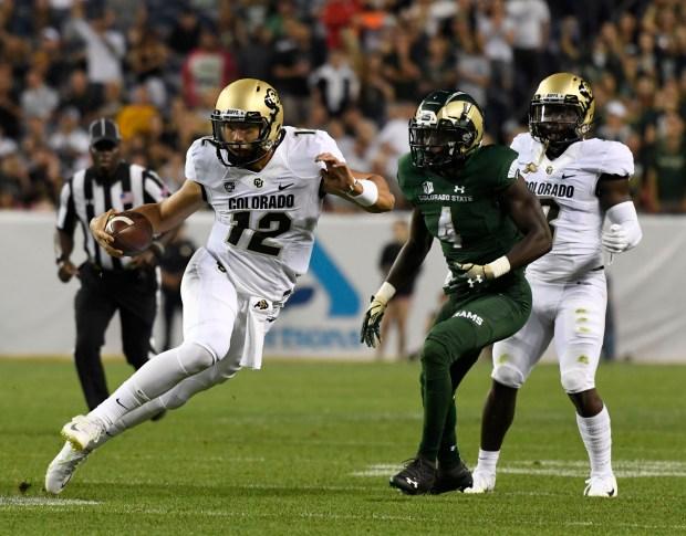 Colorado Buffaloes quarterback Steven Montez #12 ...