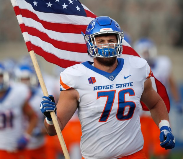 Boise State offensive lineman Ezra Cleveland ...