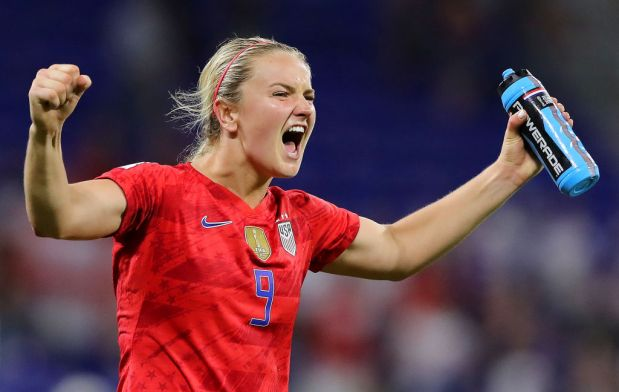 Lindsey Horan of the USA celebrates ...