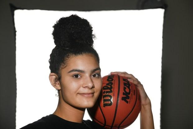 3 Grandview girls basketball center Lauren ...