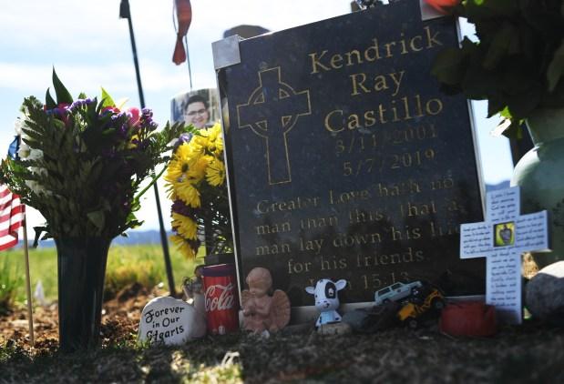 Kendrick Castillo's grave site at Seven ...