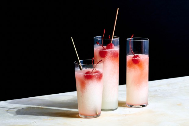These frozen Tom Collins drinks evoke ...