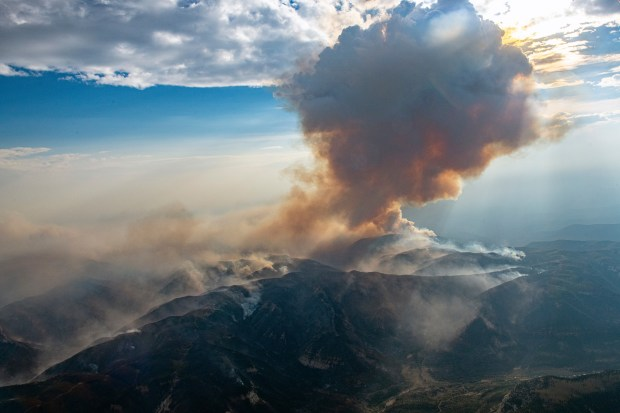 The Pine Gulch wildfire burns north ...