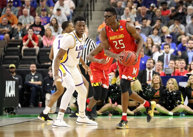 Jalen Smith #25 of the Maryland ...