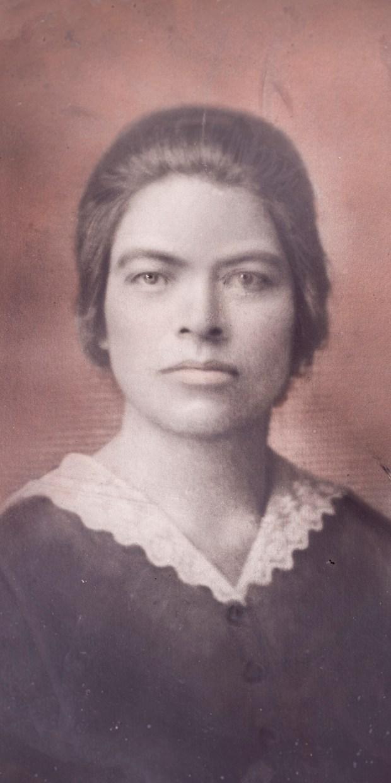 Dona Bernarda Mejia Velasquez (1887-1971) delivered ...