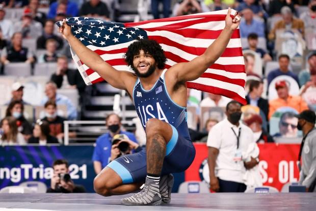 Tracy Hancock celebrates after beating Braxton ...