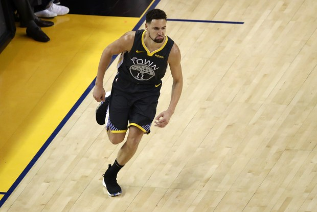 Klay Thompson #11 of the Golden ...