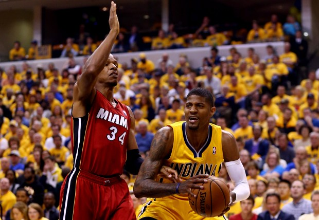 Paul George #24 of the Indiana ...