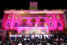 Photo of El Palacio Municipal de León se pinta de rosa