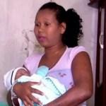Diretor de hospital afirma: 'SÓ TINHA UM FETO' mas grávida diz que 1 dos gêmeos sumiu