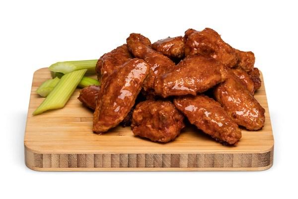 RECETA: Alitas de pollo picositas… ¡para chuparse los dedos -literal-!