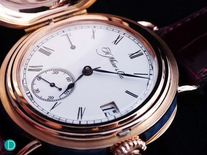 A closer look at the flawless enamel dial.