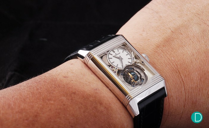 The JLC Reverso Tribute Gyrotourbillon feels very comfortable on the wrist, thanks to its manageable size and weight.