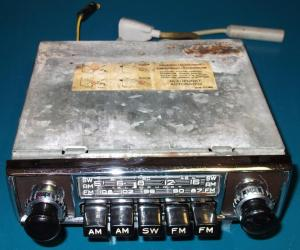 Blaupunkt Frankfurt car radio for Jaguar E-Type