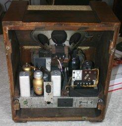 Radio Philips 641M - chassis