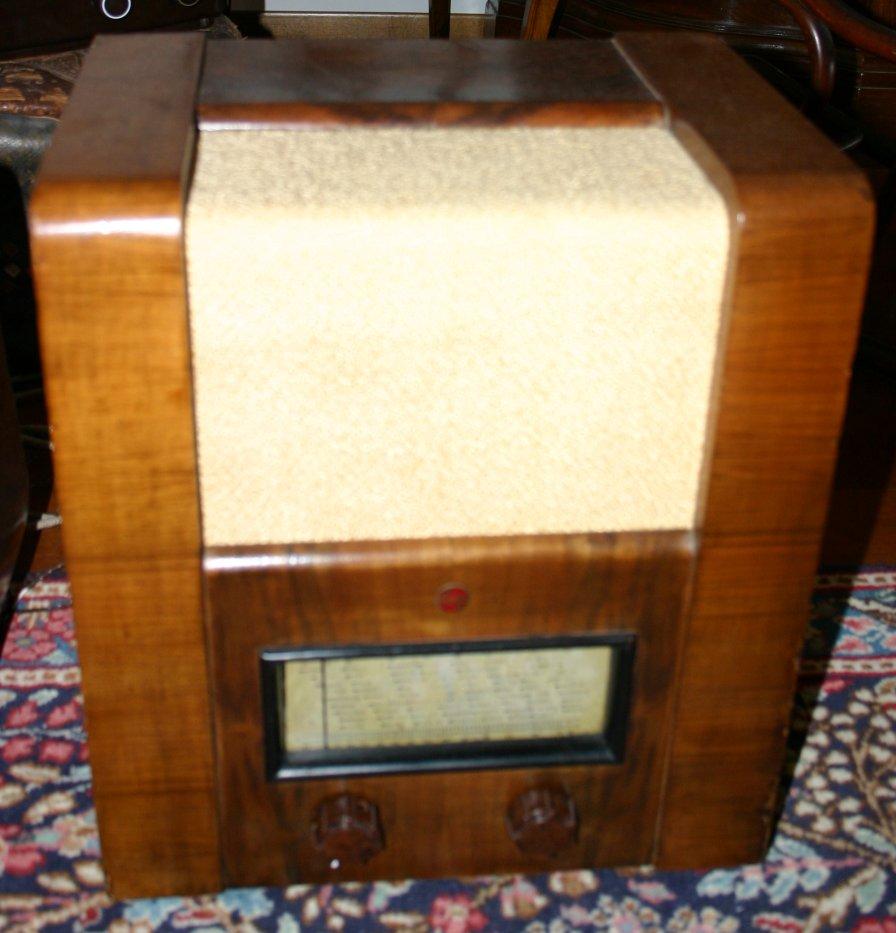 Radio Philips 641M