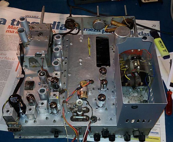 Televisore Autovox_TX212 in restauro2