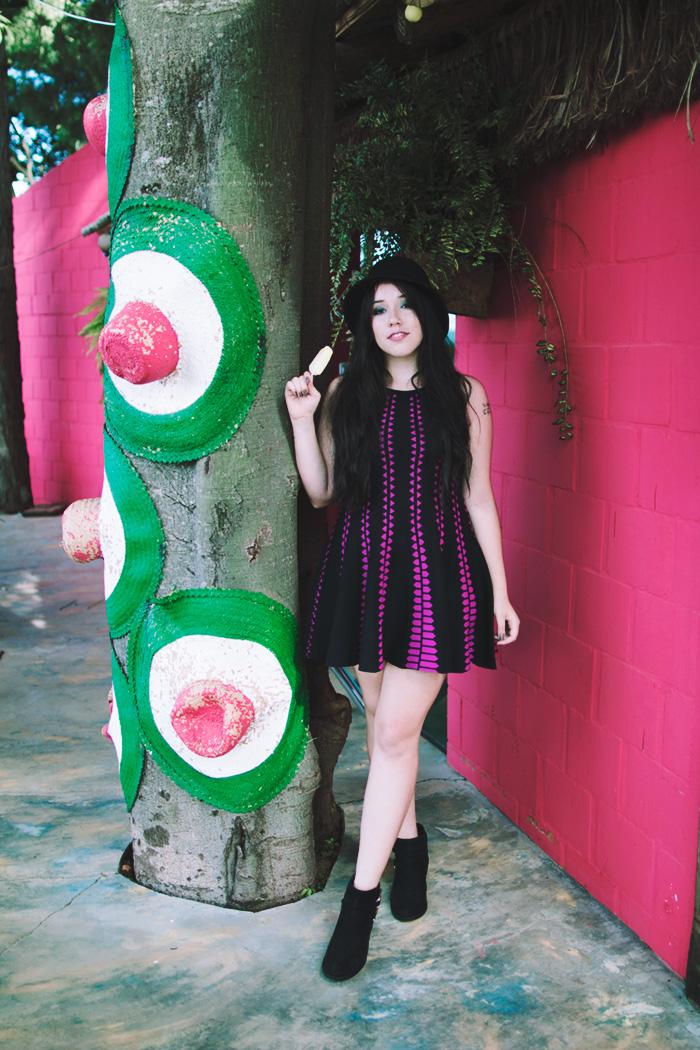 vestido-rosa-e-preto
