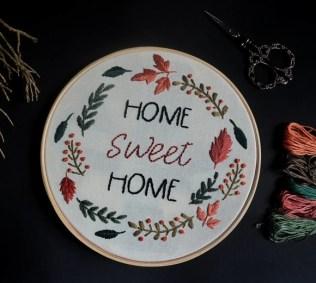 quadro-bastidor-bordado-home-sweet-home-folhas