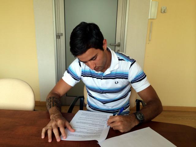 Joao firma su renovación