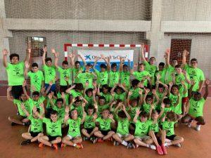 Niños celebran en un campus del Palma Futsal
