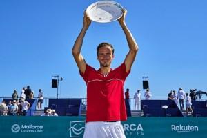 Medvedev trofeo 260621