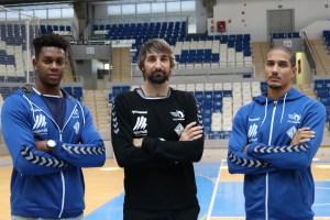 Manu Furtado, Abel Bernal y Rodrigo Pernambuco posan en la pista de Son Moix