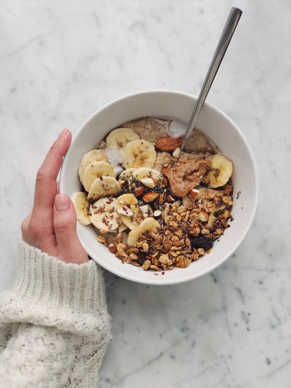 cuantas calorías consumir en el desayuno