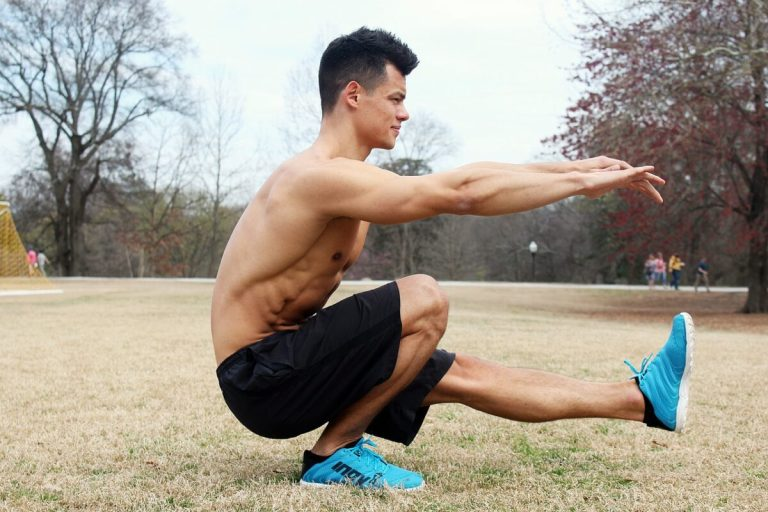 Sigue esta rutina de ejercicios con peso corporal para adelgazar