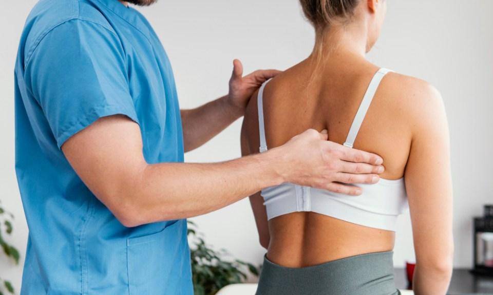 qué es la dorsalgia: dolor