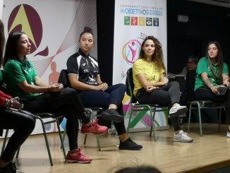Yaye del C.F Femenino Cáceres en el Tour universo mujer
