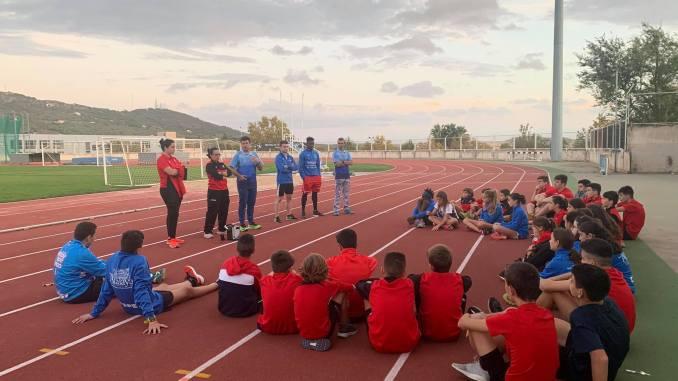 Los clubes Arte Físico de Cáceres y el CAPEX de Villafranca de los Barros organizan unas jornadas con 33 atletas