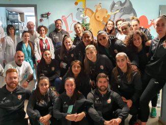 El C.F Femenino CáceresVisita al hospital San Pedro de Alcántara