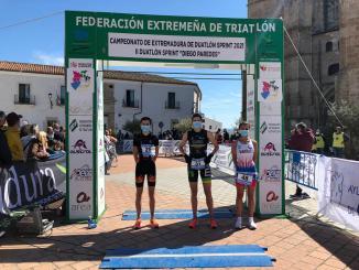 podio femenino II Duatlón Sprint Diego Paaredes